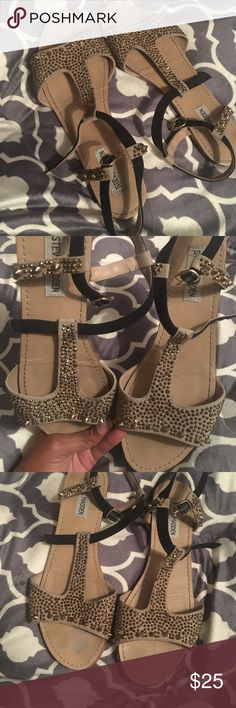 Steve Madden Sandals TORMENT Great condition , rhinestones still in tact Steve Madden Shoes Sandals