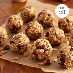 Cranberry Almond Energy Bites INGREDIENTS: • 1 Cup Quaker® Old Fashioned Oats Buy Now • 1⁄4 Cup dried cranberries • 1⁄4 Cup honey • 1⁄2 Cup almond butter • 1⁄3 Cup chopped almonds PREPARATION: Stir together all ingredients. Form the dough into...