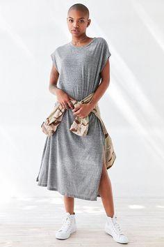 Silence + Noise Side-Slit Muscle Tee Maxi Dress #fashion #style #makeup #beauty #hair #summerfashion #outfit #outfitideas #outfitinspiration #summeroutfit #ootd #urbanfashion #urbanoutfit #camojacket #camoshirt #mididress #dress #urban