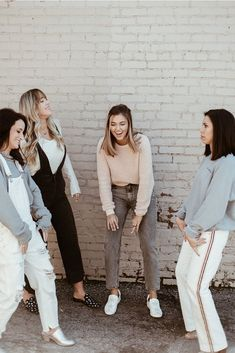 casual outfits date Best Friend Pictures, Bff Pictures, Friend Photos, Cute Photos, Best Friend Goals, My Best Friend, Best Friends, Besties, Sadie Robertson