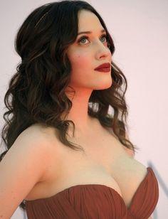 Kat Dennings Goddess-style hair and make-up.