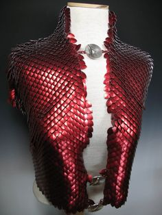 Kali Butterfly - Award-winning Chainmaille Armor and Beadwork by Vanessa Walilko Chainmaille, Armadura Cosplay, Red Lizard, Larp Armor, Scale Mail, Dragon Scale, Fantasy Armor, Costume Design, Wearable Art