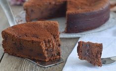 Chocolate butter without butter WW, recipe for a tasty cake without fat, easy and simple to make for a gourmet and light dessert. Fluffy Chocolate Cake, Chocolate Butter, Ww Desserts, Light Desserts, Cakes Without Butter, 100 Calories, Ww Recipes, Healthy Treats, Sweets