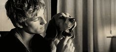 Upstaged by puppy sexy. | 23 Kinds Of Sexy With Alex Pettyfer