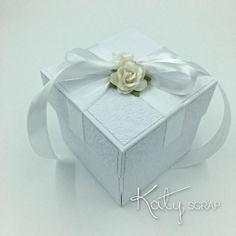 18K113/KRABIČKA/svatební na peníze bílá REZERVACE Decorative Boxes, Gift Wrapping, Gifts, Self, Gift Wrapping Paper, Presents, Wrapping Gifts, Favors, Gift Packaging