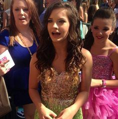 Brooke Hyland i love you so much im getting healthier just to become like you Mom Season 1, Dance Moms Season, Dance Moms Brooke, Dance Moms Girls, Brooke And Paige Hyland, Chloe Lukasiak, Salsa Dress, Kendall Vertes, Young Celebrities