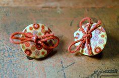 Boucles pour oreilles non percées à clip, bouton bois - bijoux fantaisie TessNess : Boucles d'oreille par tessness
