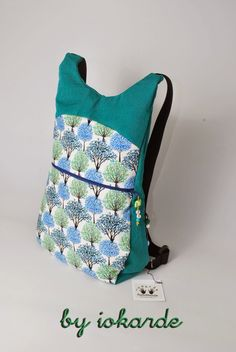 Designer Backpacks, Purses And Bags, Sewing, Pouches, Singer, Fashion, Scrappy Quilts, Backpack Tutorial, Designer Purses