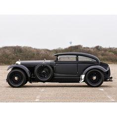 "1930 Bentley ""Blue Train"" #badASS #vintagecars #style -Via Strutting Crow"