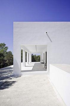 Reforma de una vivienda unifamiliar en la isla de Formentera, por Marià Castelló