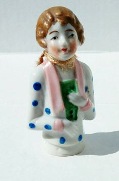 Vintage collectable porcelain figurine. by redrummagesales on Etsy