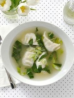The 5-minute wonton soup recipe you need!