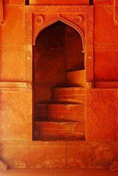 Orange is the New Black, Moroccan doorway, MOrocco, orange doorway, ornate details Orange Aesthetic, Aesthetic Colors, Portal, Orange You Glad, The Doors, Terracota, Stairway To Heaven, Orange Is The New Black, Happy Colors