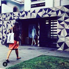 Si tú pasión es la moda esta escuela es para ti @burgomx es una escuela de Moda Personalizada de alta calidad con reconocimiento internacional y certificaciones internacionales intercambios con sus más de 30 sedes al rededor del mundo. #CDMX y #MTY #burgomx #fashion #fashionschool #mexico #milan #news #student #runway #magazine #fashionillustration #photo #photographer #shooting #tfmag