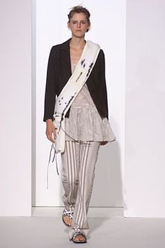 Marni Spring 2002 Ready-to-Wear Fashion Show - Stella Tennant, Consuelo Castiglioni