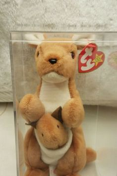 The 30 Expensive Collectible Beanie Babies Will Make You Rich - Most Valuable Beanie Babies Beanie Babies Worth, Valuable Beanie Babies, Beanie Babies Value, Rare Beanie Babies, Beanie Baby Bears, Most Expensive Beanie Babies, Ty Babies, Beanie Buddies, Cute Stuffed Animals