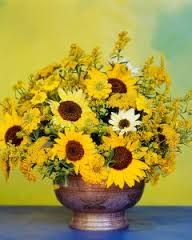 how to arrange flowers in a wide mouth vase - Google Search