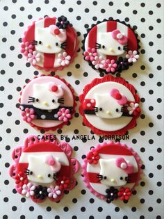 Hello kitty cupcake toppers via Etsy Childrens Cupcakes, Kid Cupcakes, Yummy Cupcakes, Cupcake Cookies, Hello Kitty Theme Party, Hello Kitty Birthday, Kitty Party, Hello Kitty Fondant, Hello Kitty Cupcakes