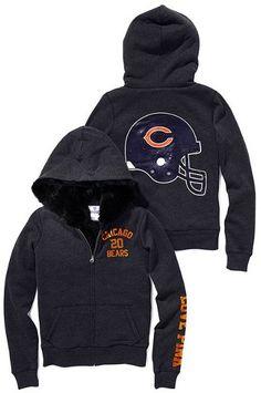 I think I need this. Chicago Bears Baby, Chicago Bears Women, Chicago Bears Hoodie, Chicago Cubs Baseball, Bears Football, Sport Football, Madison Style, Bears Game, Bear Girl