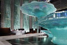 "THE RITZ-CARLTON, HONG KONG ""Tosca""|Mari Noguchi glass art"