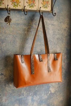Tote mostaza via didecus LTH. Click on the image to see more!