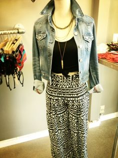 Fun new #palazzo #wideleg pants at the Boutique!! Paired off with #level99 denim jacket!!!