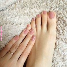 5 Most Attractive Nails Colors For You 5 Most Attractive Nails Colors For You