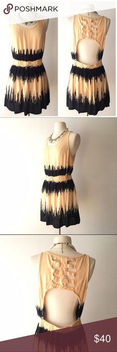 Topshop tie dye open back dress Amazing Topshop dress, size Large. Open back. Elastic waist. 100% viscose. Light and semisheer. Great condition. Topshop Dresses Mini