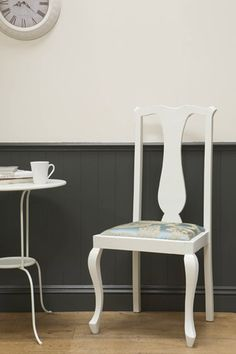 Features - Decorating Ideas from Farrow & BallWoodwork: Down Pipe No.26 Estate Eggshell Wall: Slipper Satin No.2004 Estate Emulsion