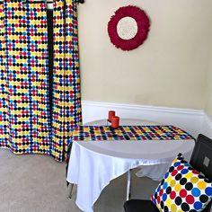 Get 2 curtain patterns for the price of house don't have to be so conventional. Our awesome African Print double sided window curtains transform a neglected essential into an awesome statement piece. Featuring a double-sided print. African Interior, African Home Decor, Curtain Patterns, Fabric Patterns, Curtains Yellow And Blue, Farmhouse Window Treatments, African Theme, Printed Curtains, Duvet Cover Sets