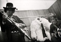 linda mccartney photos of jimi hendrix | 17 Mai 1967 Hotel Intercontinental,Frankfort,- Radio interview par ...