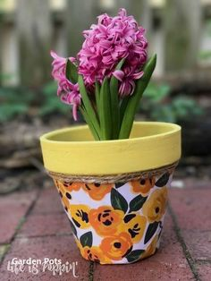 s 22 idea to make your terra cotta pots look oh so pretty, Decoupage it with decorative paper Painted Flower Pots, Painted Pots, Painted Pebbles, Garden Items, Garden Pots, Porch Garden, Garden Fun, Succulents Garden, Indoor Garden