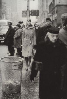 theswingingsixties:  Jean Shrimpton for Vogue, New York City, 1962.