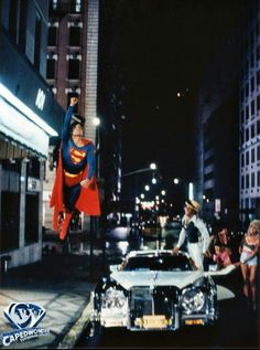 A pretty unique photo. The wires are visible. Christopher Reeve had an exellent condition for the superstunts!