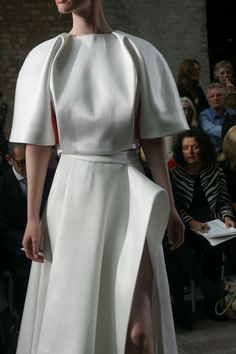 cleverly draped folds @ CSM GRADUATE SHOW 2013
