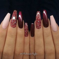 Glitternagels, nagel, roze nagels, acrylverf … – Winter Nails Acrylic - Water - New Ideas - Nails - Nageldesign Coffin Nails Glitter, Fall Acrylic Nails, Coffin Nails Long, Acrylic Nail Designs, Nail Art Designs, Nails Design, Long Nails, Gradient Nails, Holographic Nails