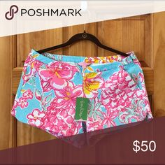 NWT LILLY PULITZER ADIE SHORTS New with tag. Adie shorts in Lolita print. Size 6. Lilly Pulitzer Shorts