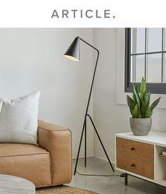 Mid Century Modern Lamps, Mid Century Modern Living Room, New Living Room, Living Room Modern, Black Floor Lamp, Modern Floor Lamps, Moving List, Studio Apartment Furniture, Tiny House Loft