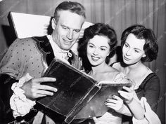 candid shot Charlton Heston Shirley Temple Claire Bloom 1312-09