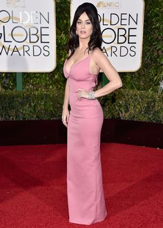 Katy Perry in Prada at the Golden Globes-2016