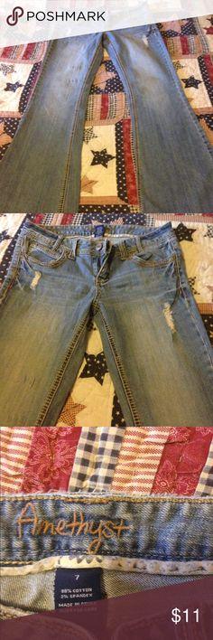 Size 7 regular amethyst jeans Size 7 regular amethyst jeans used good condition! Destress look. Smoker Jeans Flare & Wide Leg
