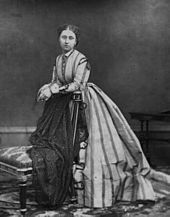 Princess Louise - Daughter of Queen Victoria and Prince Albert. She married John Campbell, Duke of Argyll, and had no children. Queen Victoria Children, Queen Victoria Family, Victoria Reign, Queen Victoria Prince Albert, Victoria And Albert, Princess Louise, Princess Beatrice, Princess Charlotte, Pictures Of Queen Victoria