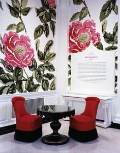 Dorothy Draper design: Unreal, this almost looks like doll furniture! The huge flowers on the wallpaper are just stunning!