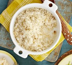 Coconut rice - A make-ahead basmati side dish with mild coconut flavours to be served with curries for a party Healthy Recipes, Easy Healthy Breakfast, Healthy Snacks For Kids, Rice Recipes, Easy Recipes, Chicken Recipes, Easy Meals, Coconut Rice, Canned Coconut Milk