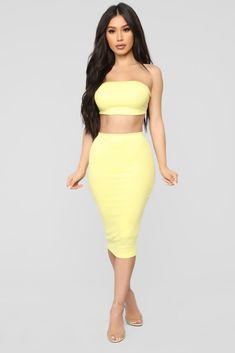 0e70d947fb34 Chasing Thrills Skirt Set - Yellow. Janet GuzmanBandeau TopMidi SkirtHigh  Waisted SkirtTwo Piece ...
