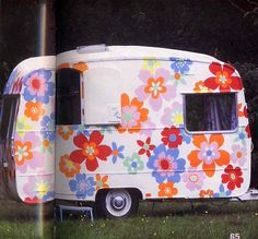 Cath Kidston painted camper | Tiny trailer - vintage camper - travel caravan <O>  Flower Power.