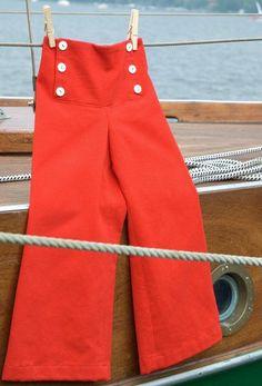 maritime rote Kinderhose im Matrosenstil // red pants sailor styleby Benditz Berliner Kindermoden via DaWanda.com