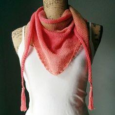 Stitch a simple Stockinette triangle shawl