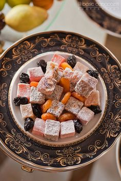 Delicious Desserts, Dessert Recipes, A Food, Food And Drink, Middle Eastern Desserts, Work Meals, Healthy Sweet Treats, Turkish Delight, Tasty Bites