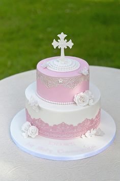 1st Holy Communion - Cake by The Chain Lane Cake Co.